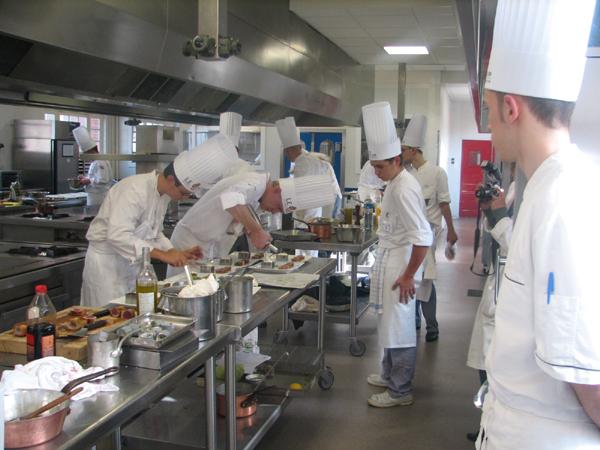 2010: la bagarre culinaire sur les chaînes (suite)