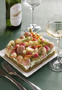 Tarte pré  vert Primavera et son verre de Pinot Blanc