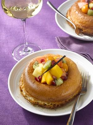 Baba aux fruits exotiques et au sirop de Gewurztraminer