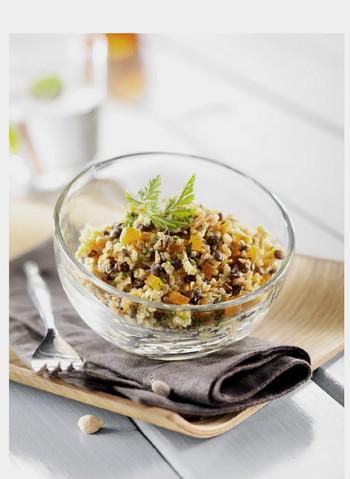 Verrine de quinoa et lentilles aux carottes, abricots secs et crème coco