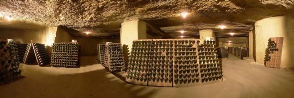 La Radio du Goût a aimé: « Robert & Marcel », un nouveau look à la Cave de Saumur