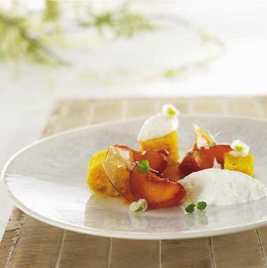Abricot rôti, Faisselle Rians au sirop d'érable et carot cake à la fleur d'oranger