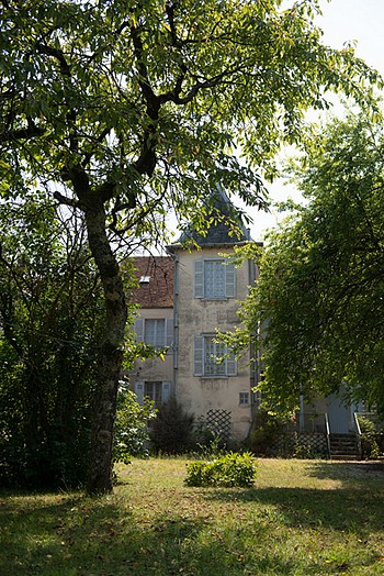 la maison vue du jardin ©DR
