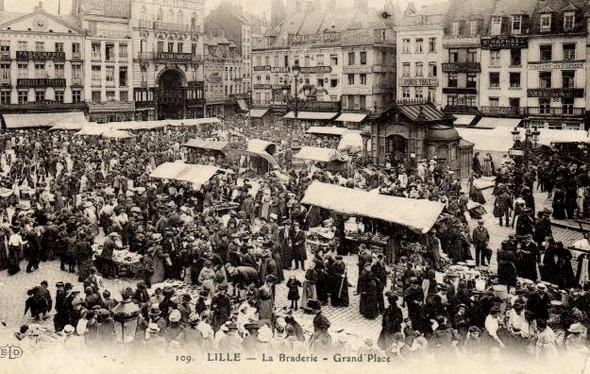 Les moules frites sont arrivées à la Grande Braderie de Lille