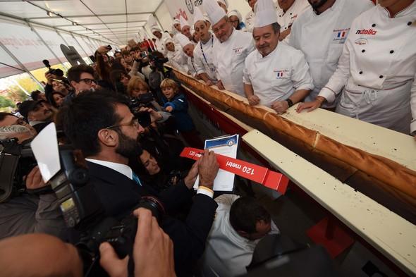 Record du monde franco-italien de la baguette la plus longue !