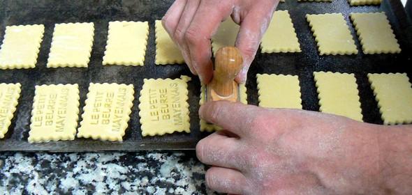 tamponnage des petits beurres ©GC/laradiodugout.fr