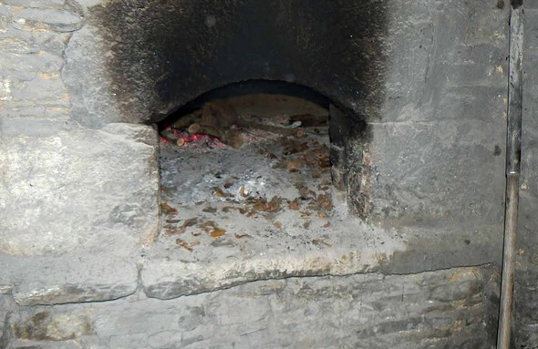 le four à l'ancienne de la Ferme du Chemin ©GC/laradiodugout.fr