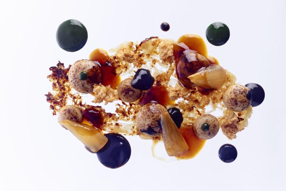 Gratinée d'oignons à la parisienne, contemporaine