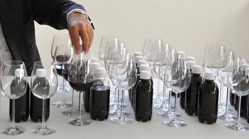 Michel Rolland est aussi consultant pour des vignobles. ©DR