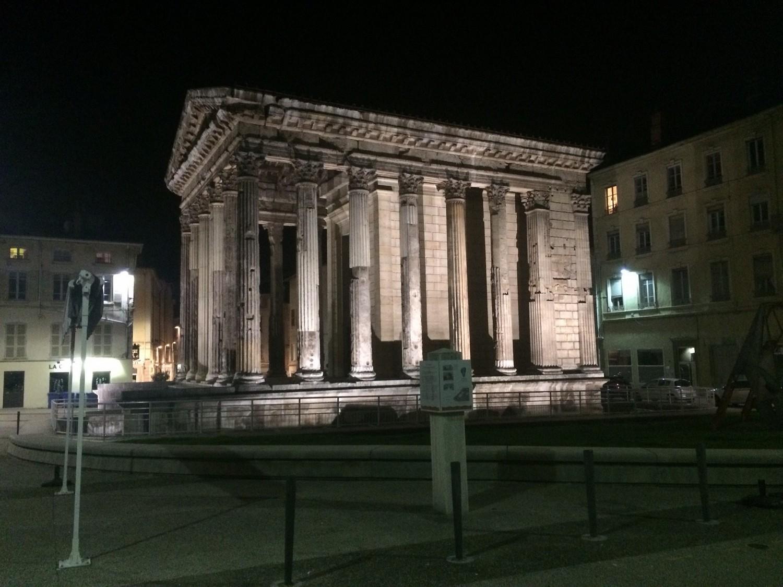temple d'auguste et livie - Vinconnexion