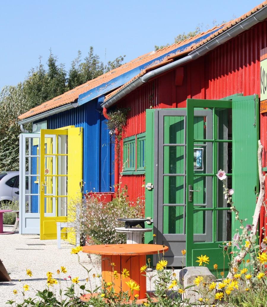 cabanes-artistes-le-chateau-doleron-ile-doleron-marennes-tourisme-900