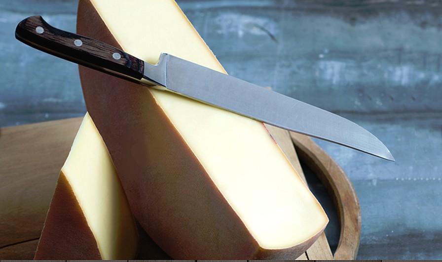 raclette et couteau