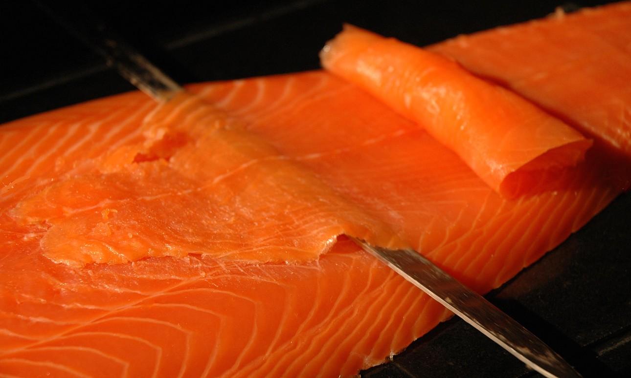 Saumon fum un march entre deux eaux - Prix du saumon ...