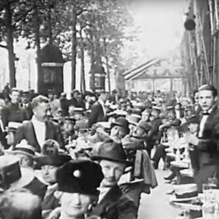 sur les boulevards paris 1920