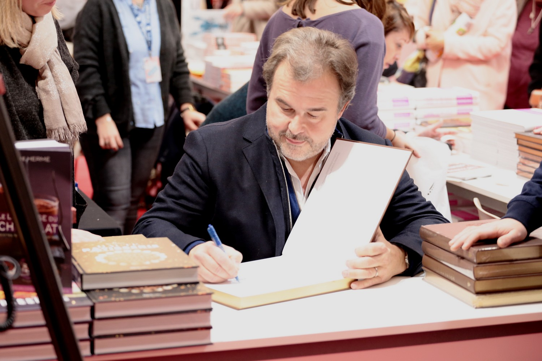 Pierre Hermé séance de dédicaces©AssociationCLAP_FrancisAviet