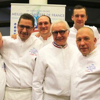 Les 7 lauréats avec Alain Ducasse ©Sandrine Kauffer-Binz
