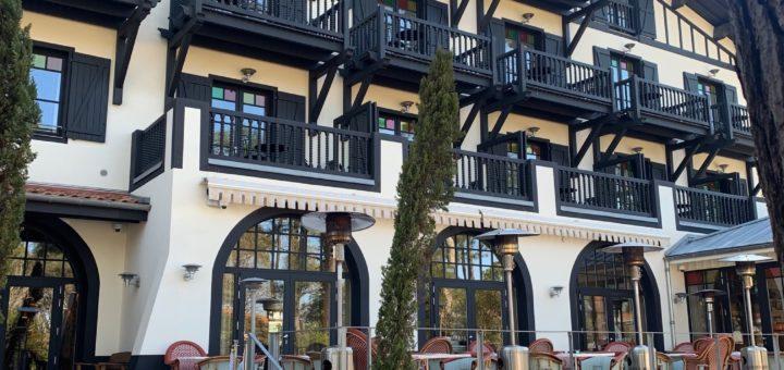 la façade de l'hôtel ©T.Bourgeon/laradiodugout.fr