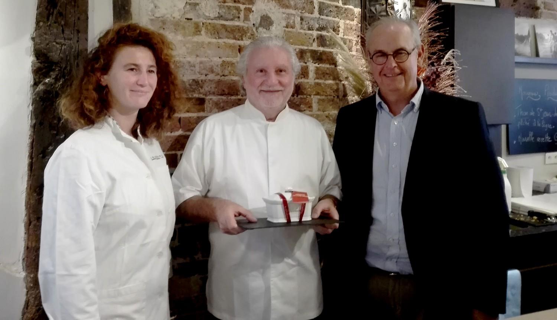 Alain Dutournier, Guillemette Bartouil responsable de la production et Laurent Hagneré, Directeur général de la Maison Barthouil ©I.Monrozier/laradiodugout.fr