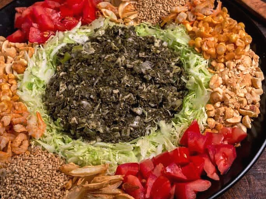 Myanmar-Green-tea-salad_-684x1024
