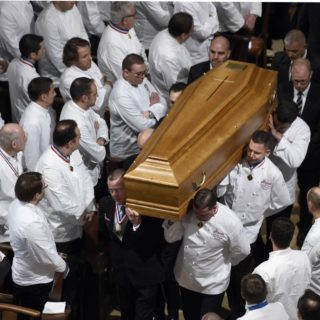 1200x768_chefs-carry-the-coffin-of-french-paul-bocuse-during-a-funeral-ceremony-at-the-saint-jean-cathedral